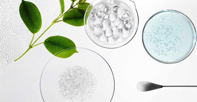 A megújult Vichy Aqualia Thermal arckrémekben mindössze csak 20 összetevő található. A hatóanyagok 97%-a természetes eredetű.